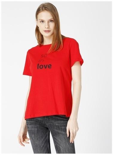 Limon Company Limon Lose Kırmızı Bisiklet Yaka Yazı Baskılı Kadın T-Shirt Kırmızı